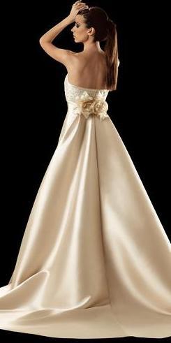 vestidos de novia: manu Álvarez   web de la novia