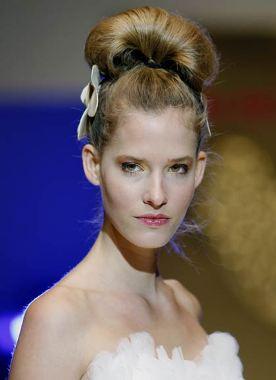 Peinados Agata Ruiz de la Prada