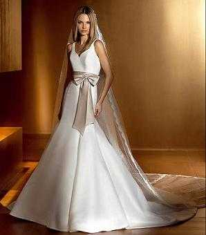 Vestido de novia color ocre