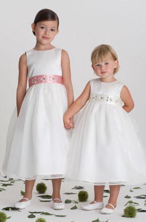 de correas para los vestidos de fiesta de estas dos niñas