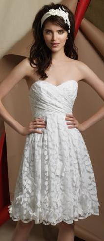 vestido_de_novia_playa_2009_watters_bride_5.jpg