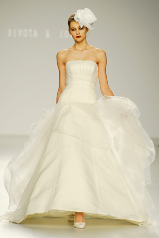 cibeles madrid novia – vestidos de novia 2010 devota & lomba | web
