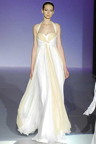 pasarela gaudí novias 2009 – vestidos de novia jesús del pozo | web