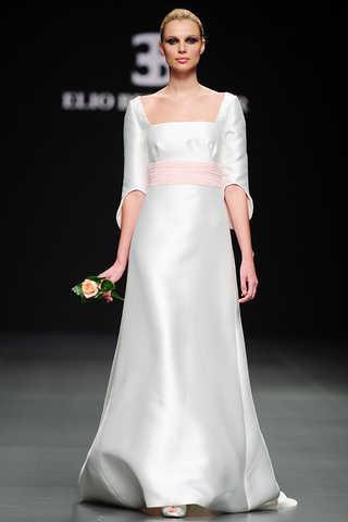 vestido_de_novia_2011_elio_berhanyer