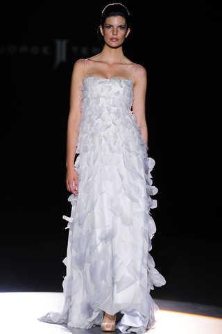 vestidos_de_novia_2011_jorge_terra