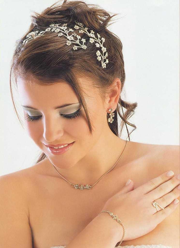 Peinados Para Boda Civil Con Tiara Peinados Faciles