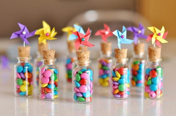 Tiernos y delicados. Puede elegir los colores de los dulces según la decoración de tu boda