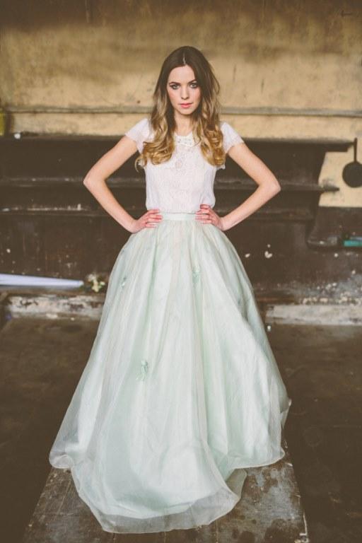 Vestidos de novia con faldon